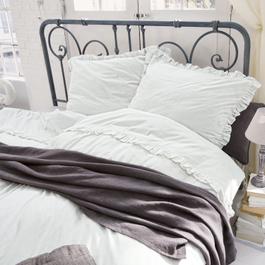 schlafzimmer im landhausstil traumhafte einrichtungsideen. Black Bedroom Furniture Sets. Home Design Ideas