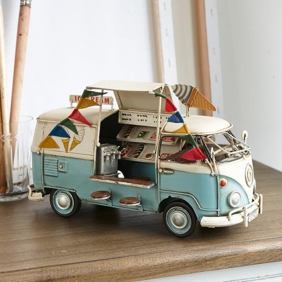 Bus Ice Cream