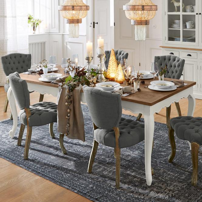 Tisch Bellevue