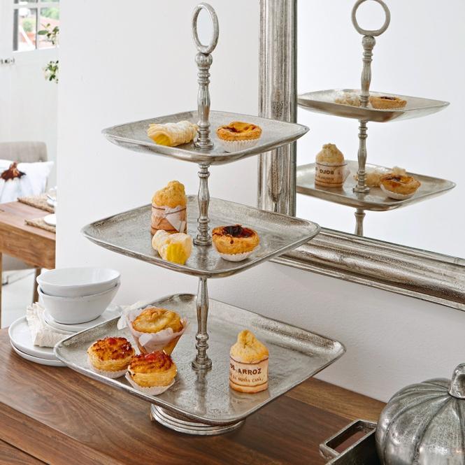 Etagere Giselle | Küche und Esszimmer > Aufbewahrung > Etageren | Antiksilber | Aluminiumguss | LOBERON
