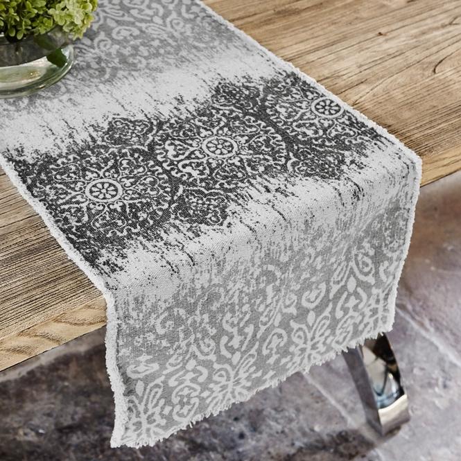 Tischläufer Flann bei LOBERON - Möbel & Accessoires