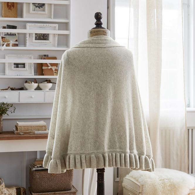 poncho dorine loberon coming home. Black Bedroom Furniture Sets. Home Design Ideas