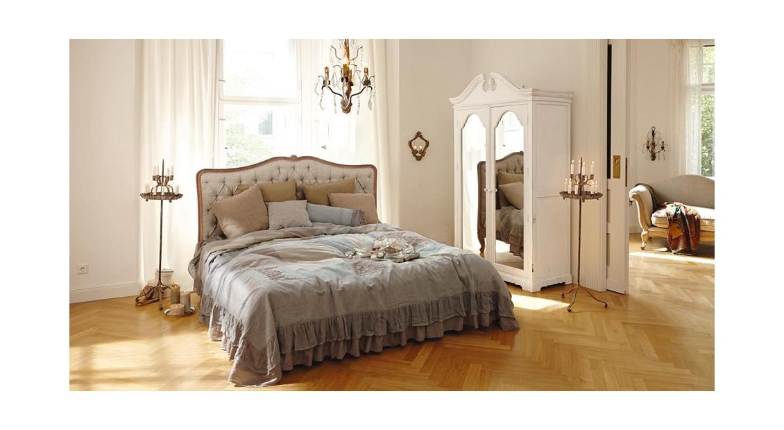 Schlafzimmertraum im Französischen Stil
