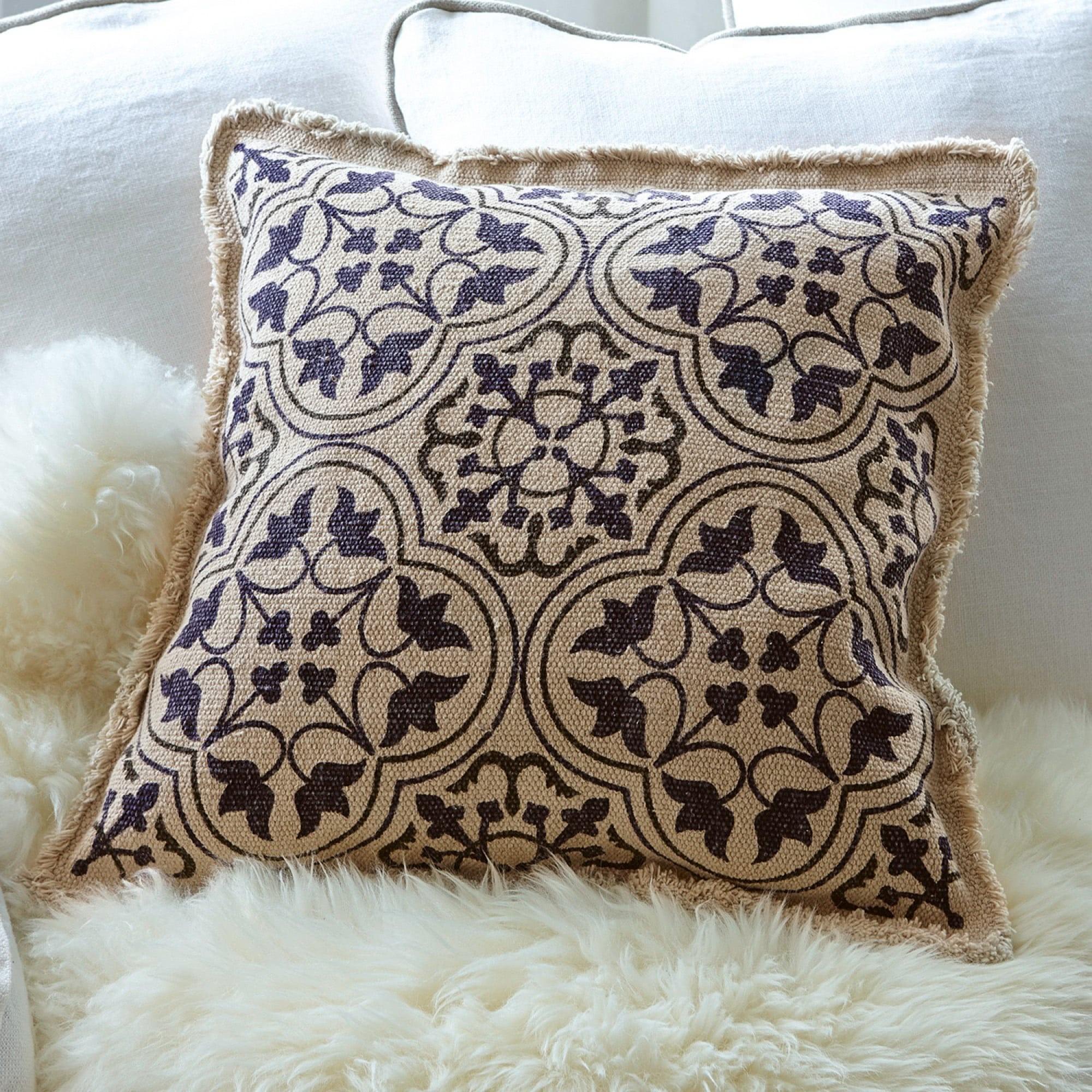 kissen sadie loberon coming home. Black Bedroom Furniture Sets. Home Design Ideas