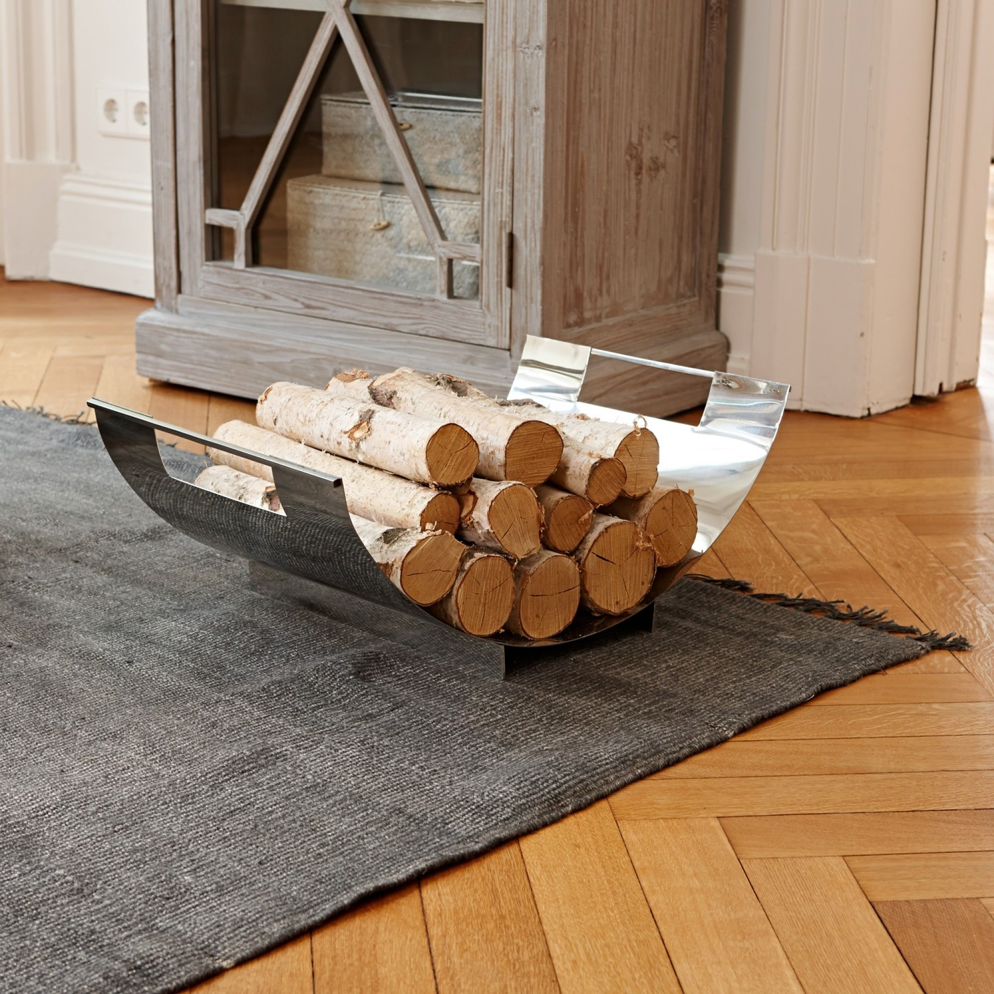 feuerholzschale gema loberon coming home. Black Bedroom Furniture Sets. Home Design Ideas