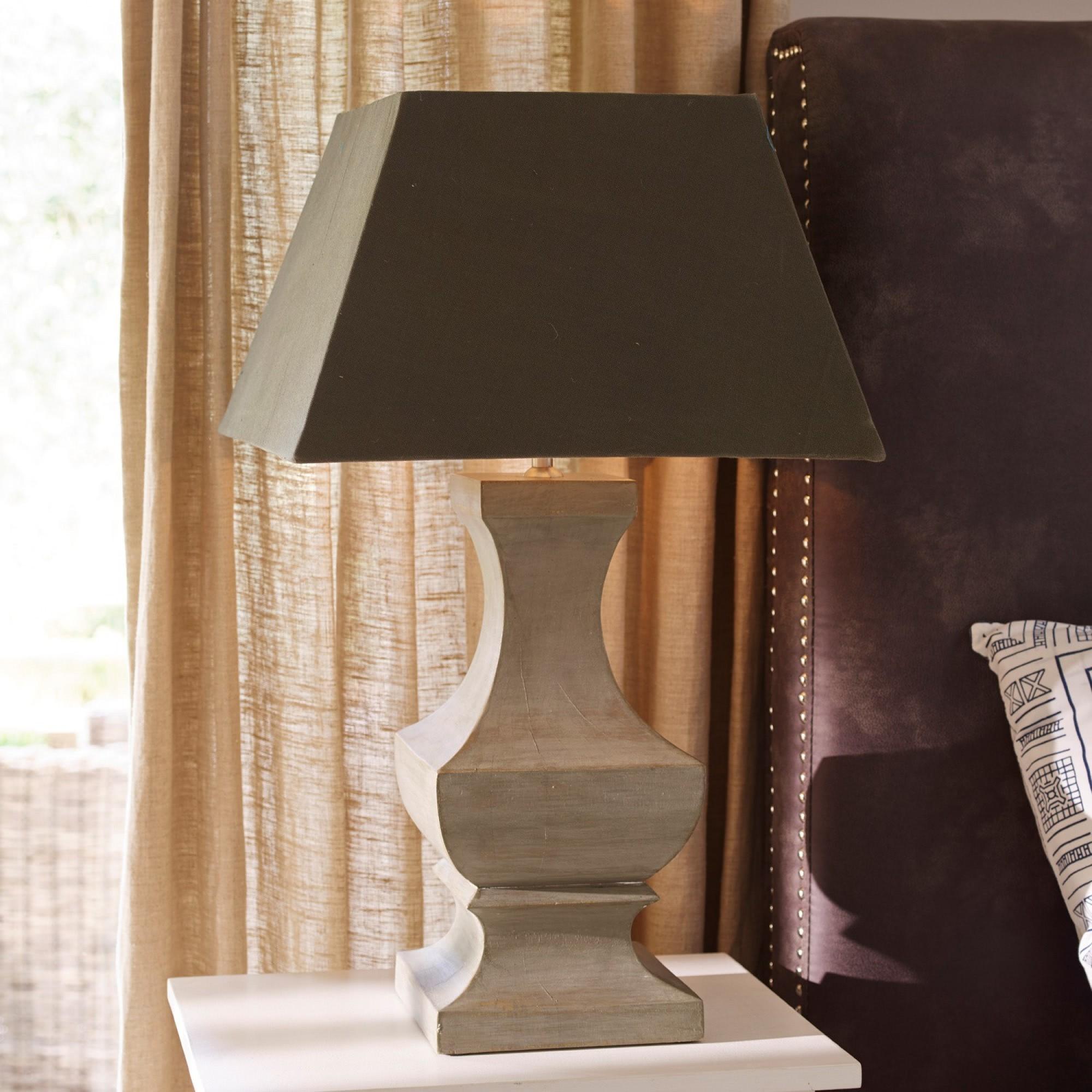 tischlampe linnie loberon coming home. Black Bedroom Furniture Sets. Home Design Ideas