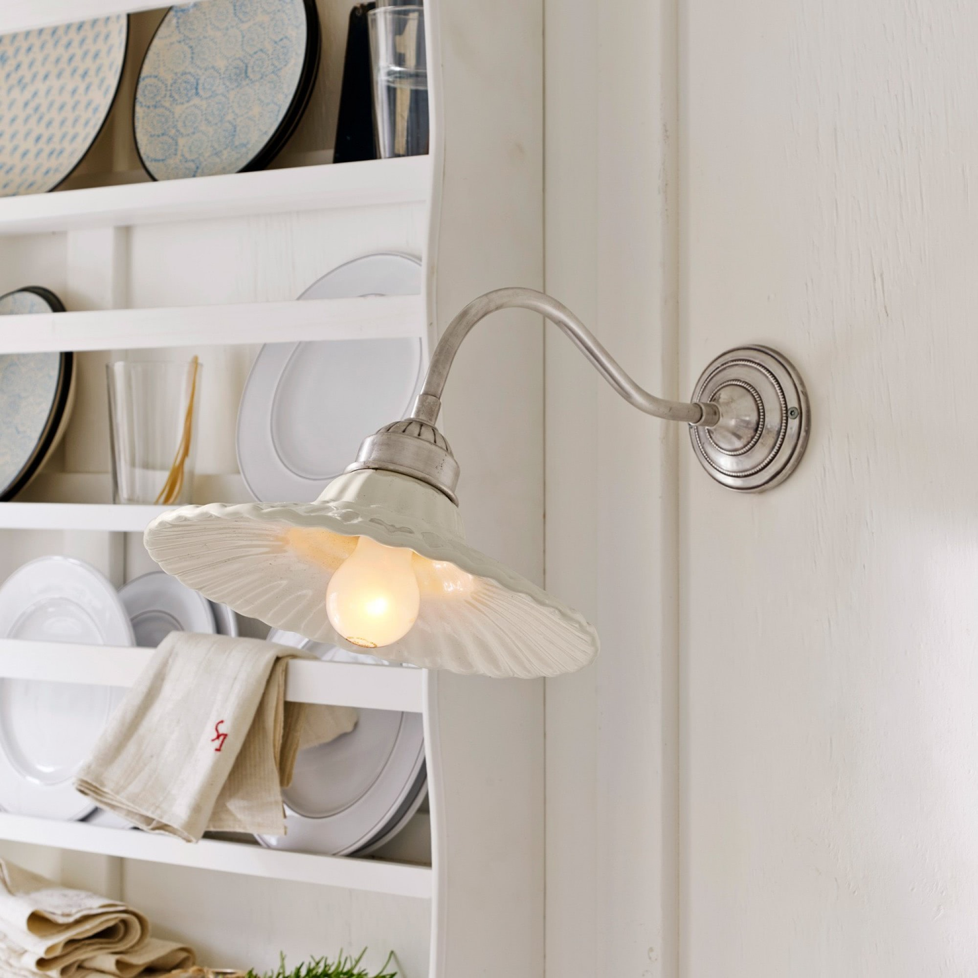 wandlampe daphne loberon coming home. Black Bedroom Furniture Sets. Home Design Ideas
