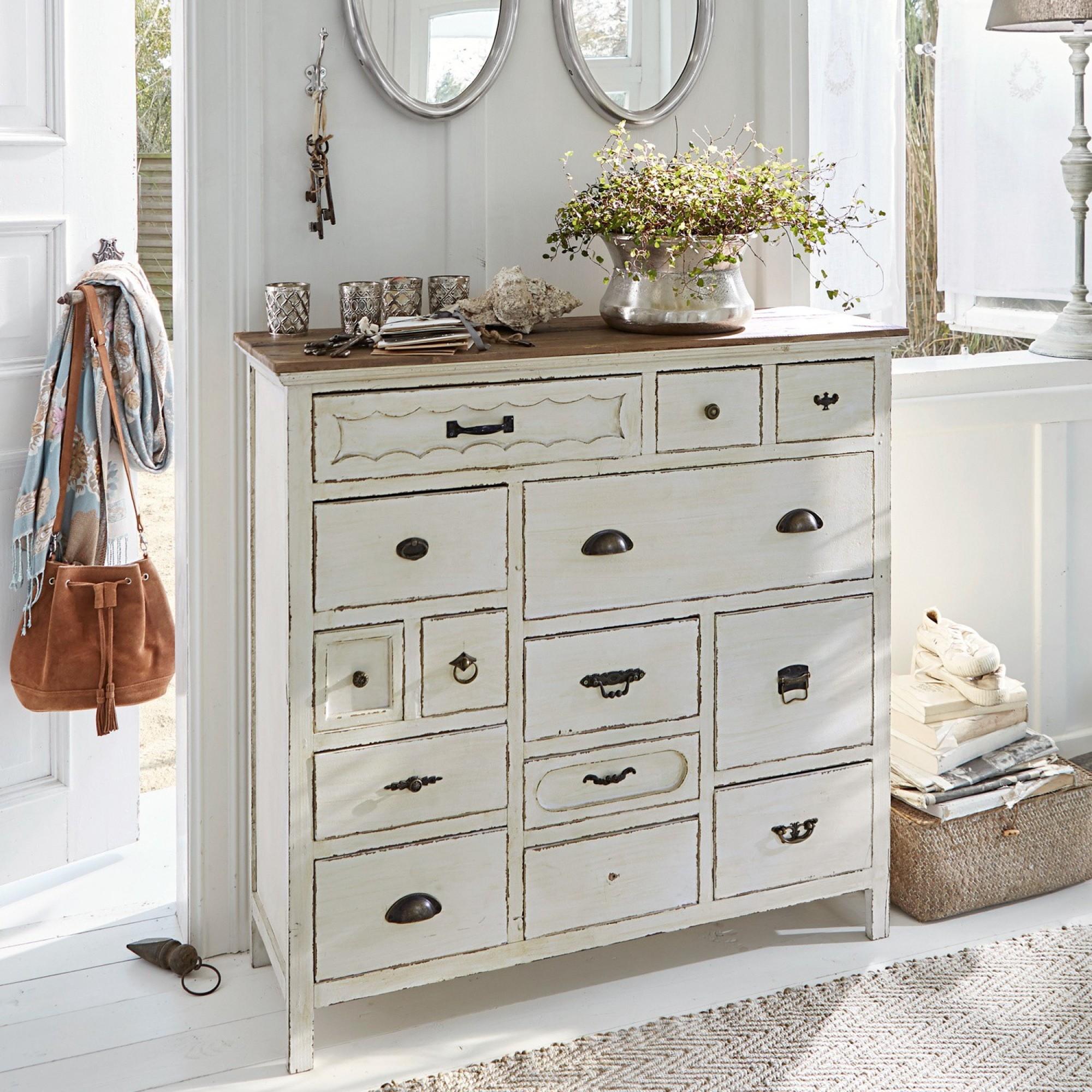 kommode grayson loberon. Black Bedroom Furniture Sets. Home Design Ideas