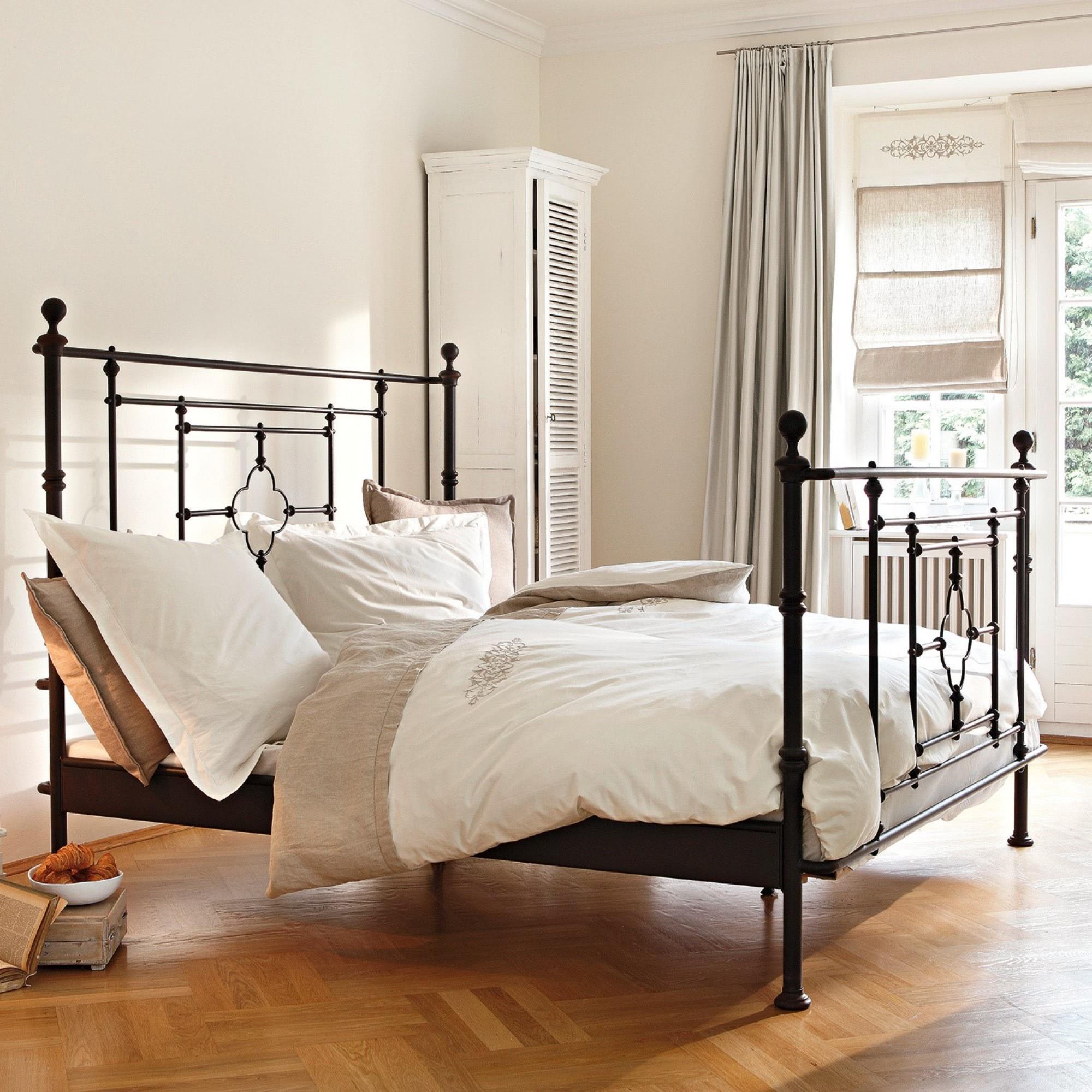 bett bel air loberon coming home. Black Bedroom Furniture Sets. Home Design Ideas
