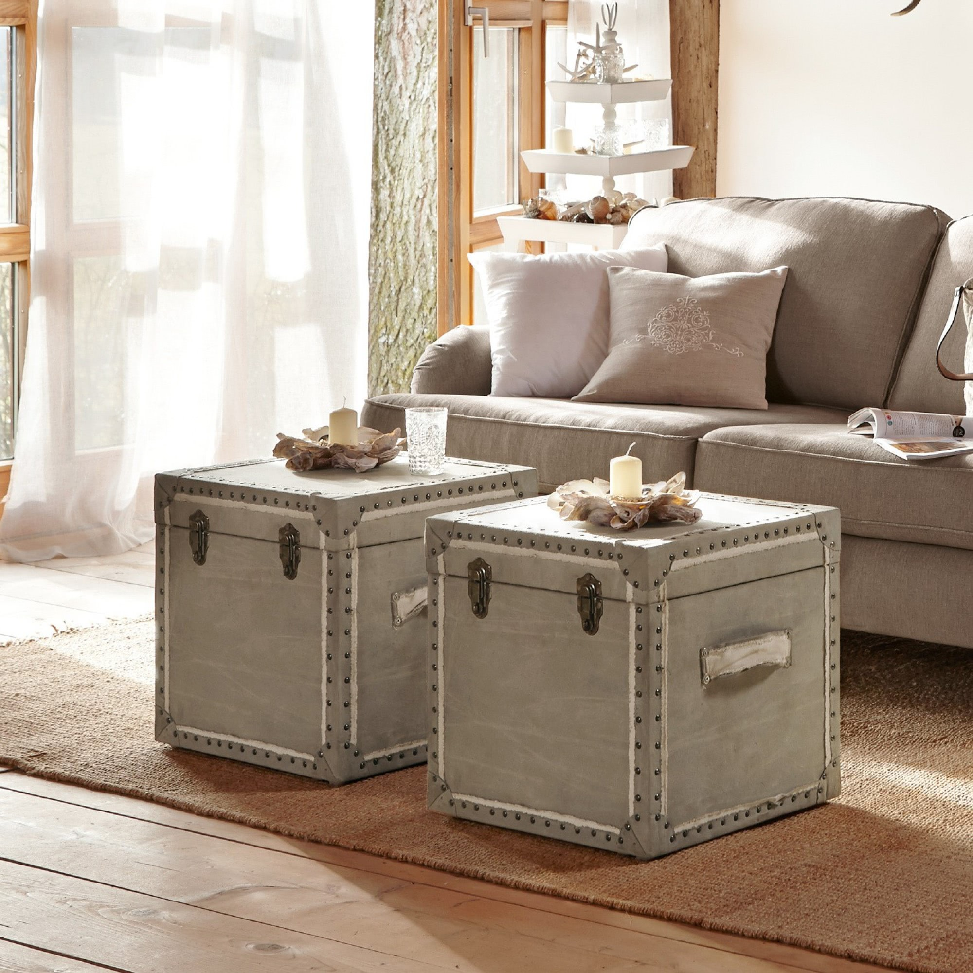truhe felin loberon coming home. Black Bedroom Furniture Sets. Home Design Ideas