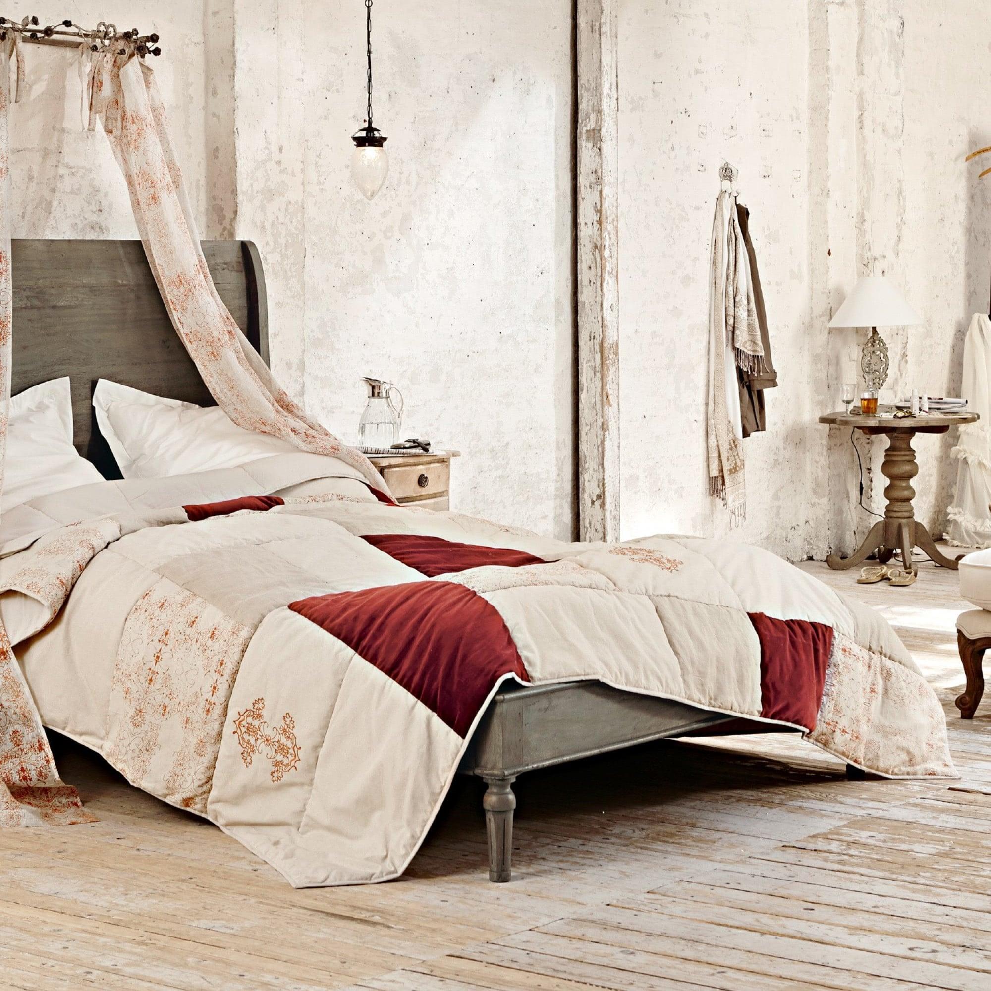 quilt gronard loberon coming home. Black Bedroom Furniture Sets. Home Design Ideas