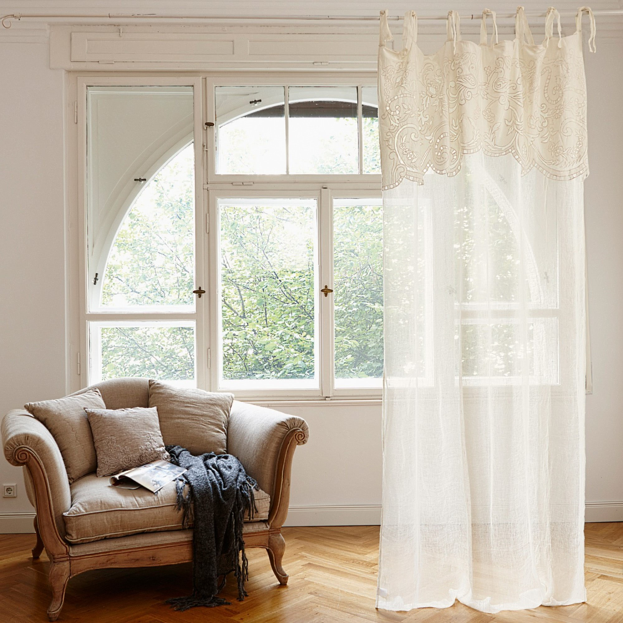 gardine gacilly loberon coming home. Black Bedroom Furniture Sets. Home Design Ideas