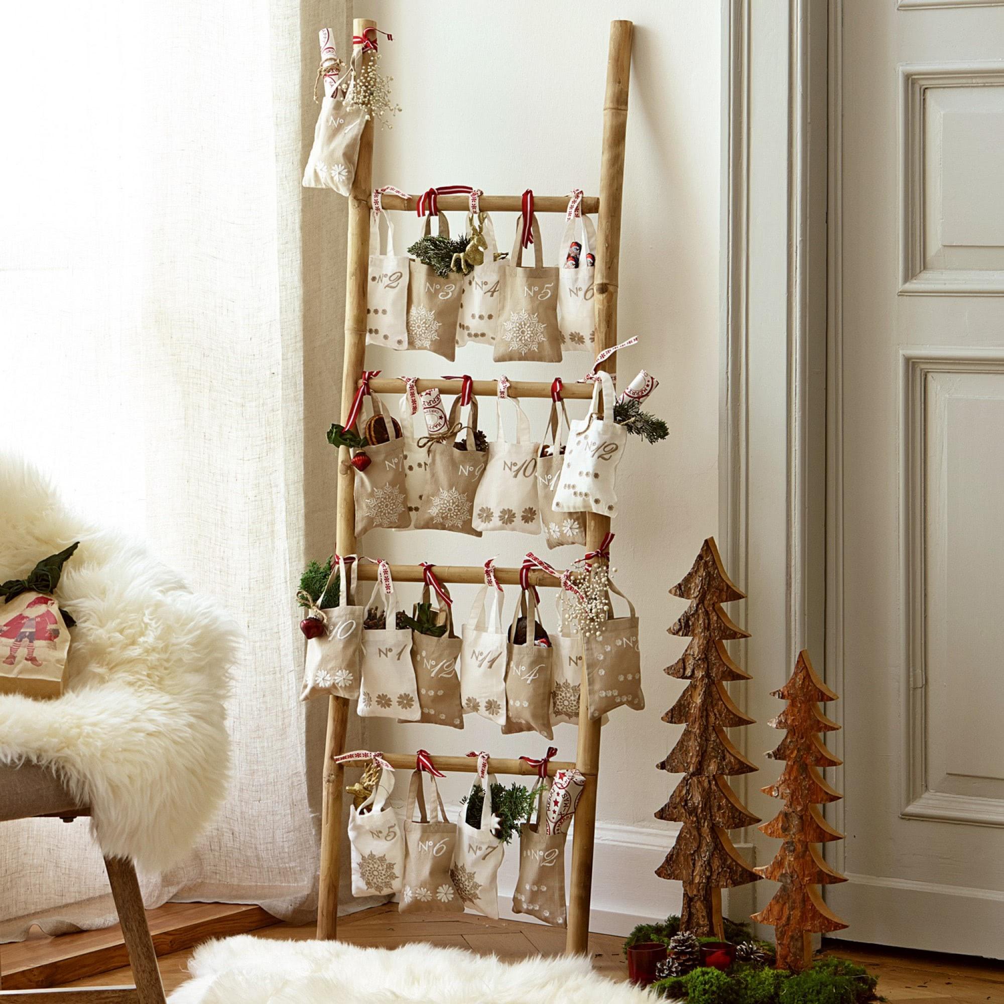 handtuchhalter ladder loberon coming home. Black Bedroom Furniture Sets. Home Design Ideas