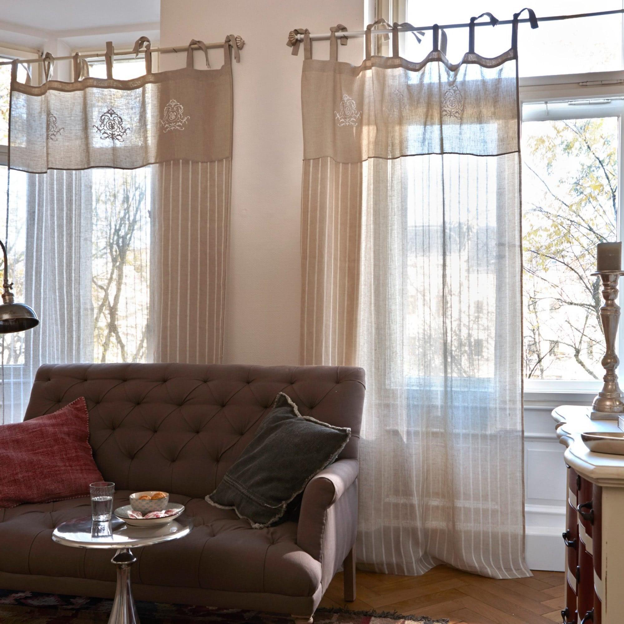 gardine calais. Black Bedroom Furniture Sets. Home Design Ideas
