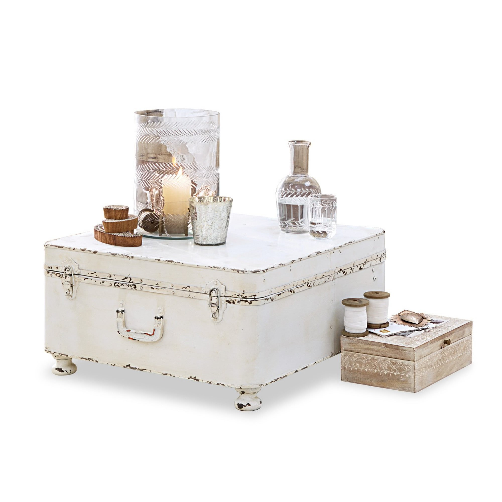 truhe justine loberon coming home. Black Bedroom Furniture Sets. Home Design Ideas